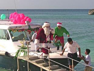 Santa Arrives on Boracay